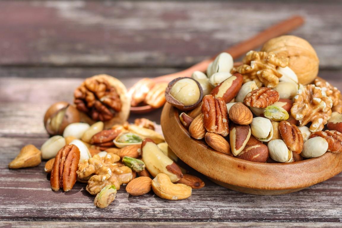 amandes et fruits secs pour couper la faim