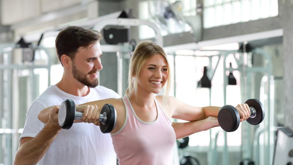 Comment raffermir et remonter sa poitrine les meilleurs exercices